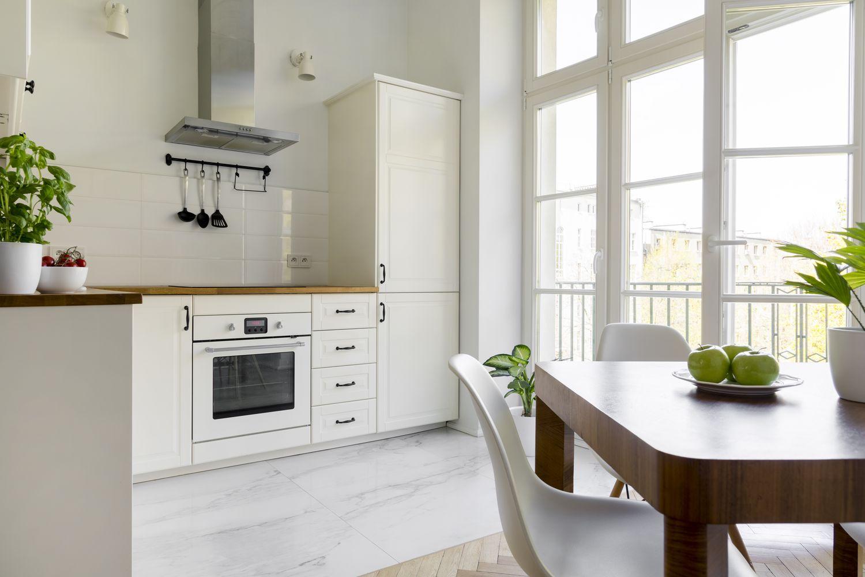 Tanie i praktyczne szafki kuchenne